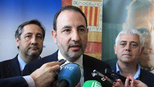 Ramon Espadaler, acompanyat per Josep Maria Pelegrí i Antoni Font (ACN)