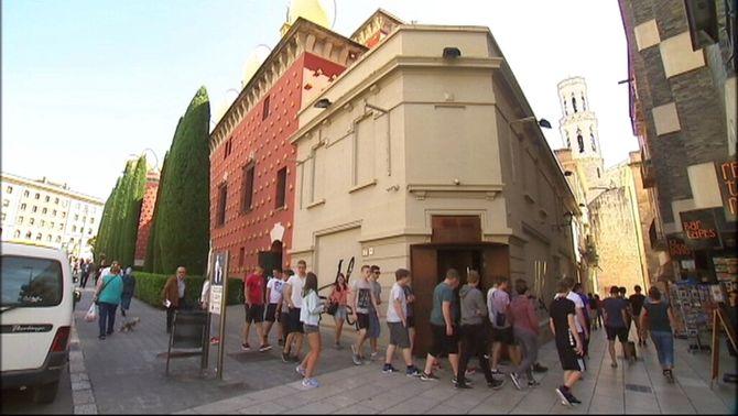 El turisme estranger cau un 4,7% a Catalunya i puja un 1,8% a la resta de l'Estat