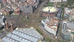 Vista aèria de la manifestació del 15A abans de començar