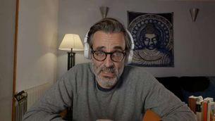 """En Robert (Jordi Cadellans) és el terapeuta de """"Jo també em quedo a casa"""""""