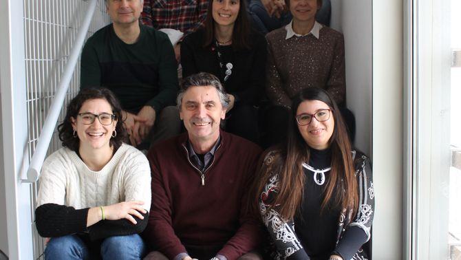 Pla obert amb els investigadors del grup de recerca Bioquímica de l'Estrès Oxidatiu de l'IRBLleida-UdL. (Vertical)