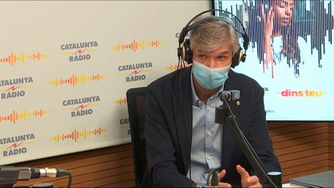 Argimon, durant l'entrevista amb Laura Rosel a Catalunya Ràdio