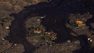EN DIRECTE | Vols suspesos per la cendra i més evacuats a La Palma amb un volcà més explosiu