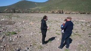 L'alvocat asseca la terra i du la població local a una situació extrema a Xile