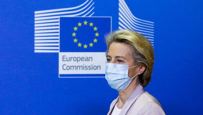 Equilibris en el relleu del comissari europeu que es va saltar les mesures anti-Covid