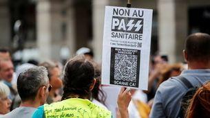 La justícia francesa avala la polèmica llei sobre el certificat Covid de Macron