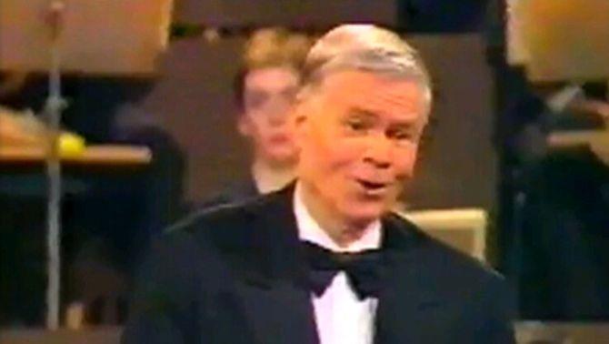 El baríton alemany Dietrich Fisher-Discau ha mort als 86 anys, quan en feia 20 que havia deixat els escenaris