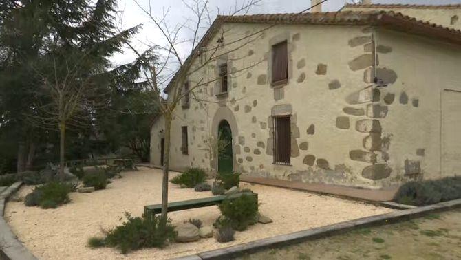 Enxampen més de 100 persones en una festa il·legal en una masia a Dosrius