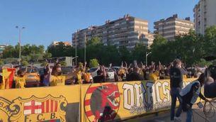 Els Dracs donen suport al Barça abans de la final contra el Zenit