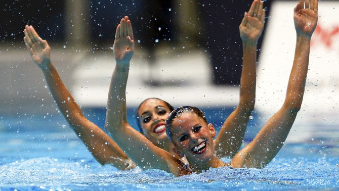 La natació sincronitzada incorpora la modalitat de duo mixt i deixarà de ser un esport exclusiu per a les dones