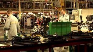 Els fabricants de cotxes paralitzen les produccions a tot Espanya i a bona part d'Europa