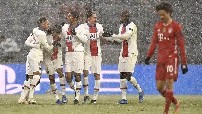 El PSG s'emporta el gran partit de Munic (2-3)