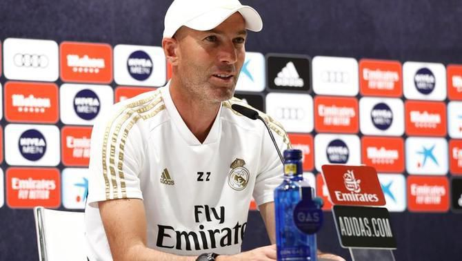 """Zidane frena l'eufòria al Reial Madrid abans de viatjar a San Mamés: """"Encara no hem guanyat res"""""""