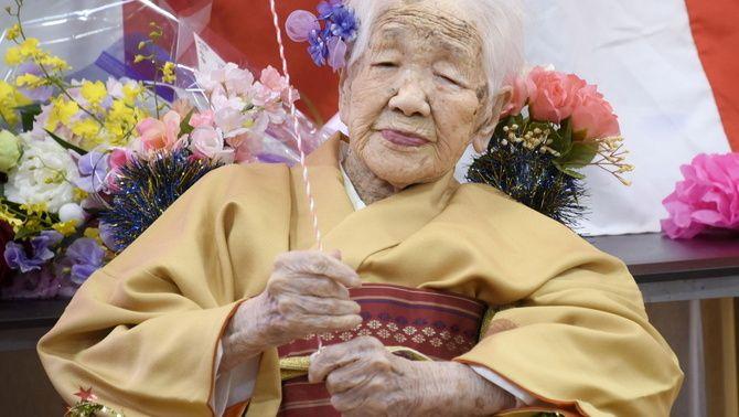 Kane Tanaka, la dona més longeva del món, renuncia a portar la torxa dels Jocs
