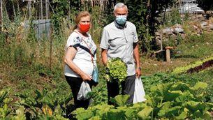 Senterada converteix terrenys en desús en horts comunitaris i jardins comestibles per fer el poble més autosuficient