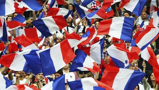 L'Eurocopa arrenca amb el rerefons de les protestes socials i l'amenaça terrorista