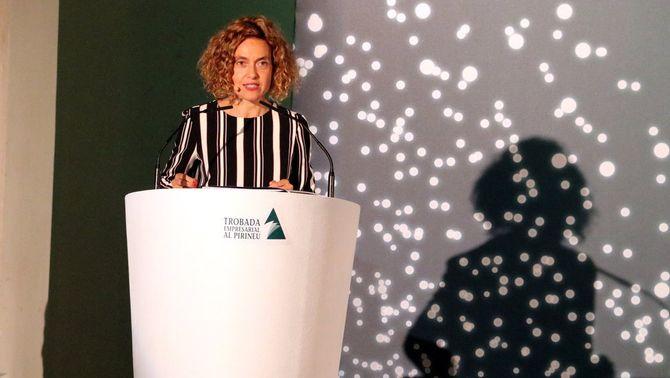 La ministra de Política Territorial i Funció Pública, Meritxell Batet, en l'acte de cloenda de la 29a Trobada empresarial al Pirineu. Imatge del 15 de juny del 2018. (Horitzontal)