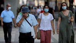 La població de risc de contagi es trasllada a les persones joves