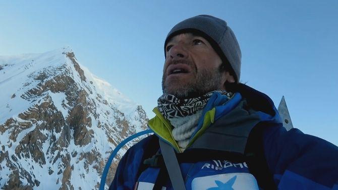 """""""Ferran Latorre. Més enllà dels 8.000"""", el documental que acompanya l'alpinista en la seva aventura de ser el primer català en completar els 14 vuitmils"""