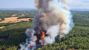 El foc de Ventalló vist des dels mitjans aeris dels bombers