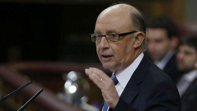"""Montoro afirma que la recuperació econòmica i la creació de llocs de treball avança amb """"fermesa"""" (EFE)"""