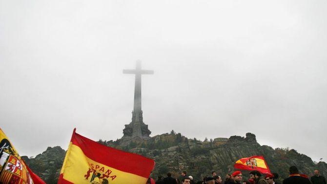 Denuncien Espanya a l'ONU per impedir exhumar familiars del Valle de los Caídos
