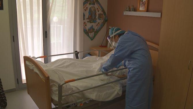 """Salut identifica 604 residències amb coronavirus, 10 en situació """"crítica"""""""