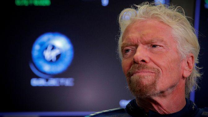 Cursa espacial entre milionaris: Branson s'avança a Bezos en el primer viatge turístic