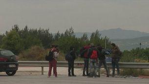 Comencen a desallotjar el camp de refugiats d'Idomeni després d'expulsar-ne els periodistes