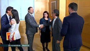 L'acord entre ERC i el PSOE inclou una consulta per avalar el resultat de la taula de negociació