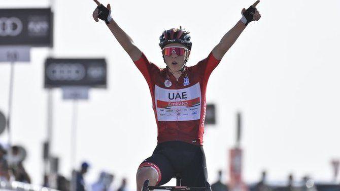 Pogacar guanya la tercera etapa i reforça el liderat al Tour dels Emirats Àrabs