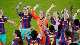 Mapi León, jugadora del Barça femení, just després de guanyar la seva primera Champions, a Goteborg