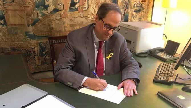 """Juristes catalans consideren """"frau de llei"""" no publicar els nomenaments al DOGC"""