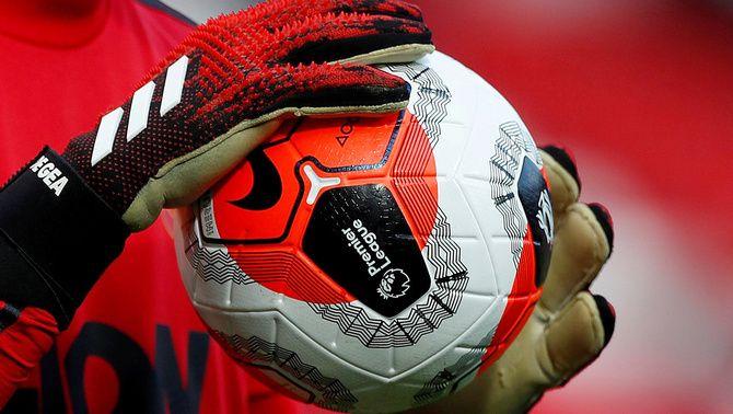 El coronavirus punxa la bombolla del futbol