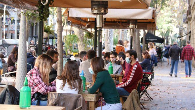 Confinament comarcal amb excepcions i restaurants sense sopars fins a l'11 de gener