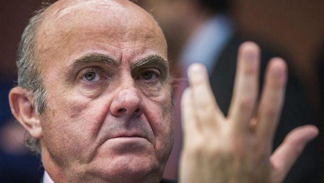 De Guindos afirma que la independència faria caure el PIB de Catalunya un 30%