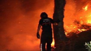 L'Incendi a Moguer amb desallotjats que amenaça Doñana