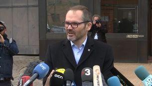 Puigdemont viu una jornada intensa de visites personals, catalanes i internacionals a la presó de Neumünster