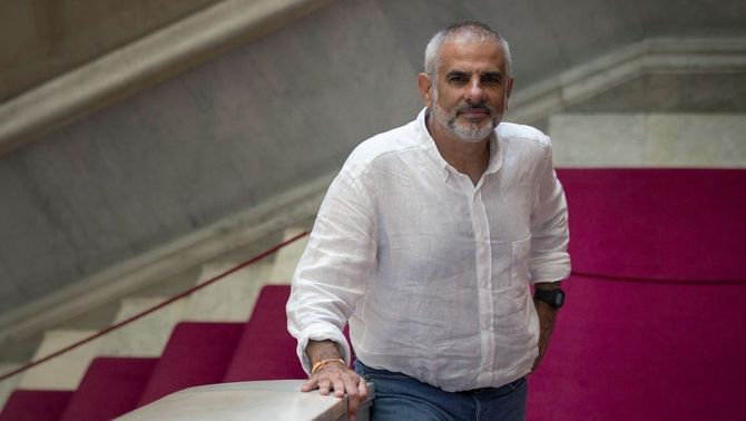 Carlos Carrizosa, a les escales del Parlament (EFE / Enric Fontcuberta)