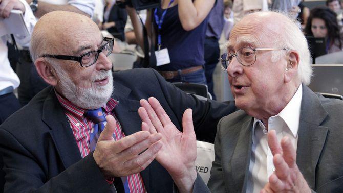 Els pares del bosó de Higgs i el CERN, guardonats amb el Premi Príncep d'Astúries de la ciència