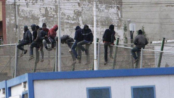 Cop d'Estrasburg als drets dels migrants: avala ara les devolucions en calent a Melilla