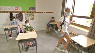 Els alumnes majors de 12 anys hauran de portar la mascareta sempre dins l'escola