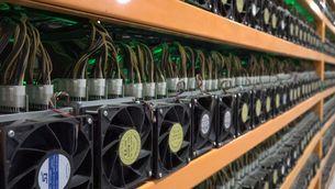 Granges de bitcoin a Barcelona, un negoci que dispara el preu de les targetes gràfiques