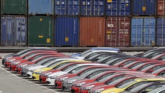 L'OCU es querella contra 160 concessionaris i 23 marques de cotxes per pactar preus