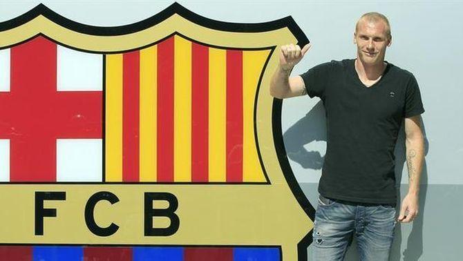 El Barça i el València arriben a un acord per Jérémy Mathieu, que jugarà al Barça les pròximes quatre temporades