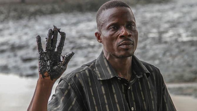 Quatre pagesos del delta del Níger guanyen la petrolera Shell per uns vessaments de cru