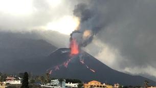 Erupció al volcà de Cumbre Vieja diumenge a la tarda (INVOLCAN)