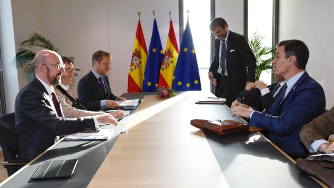 """El president del Consell Europeu sobre Sánchez: """"Ha actuat ràpid contra el Covid-19"""""""