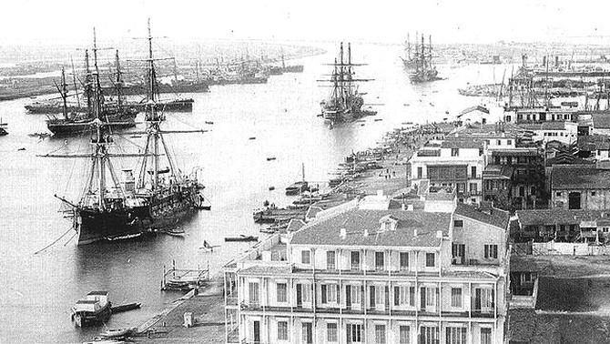 Els dos bloquejos del segle XX al canal de Suez, l'obra faraònica impulsada per Lesseps