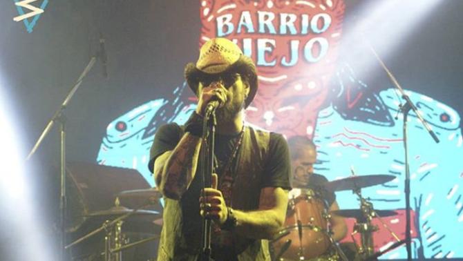 Dani Osvaldo penja les botes i es passa al rock and roll